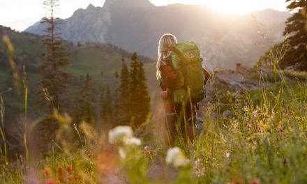 2017 Outdoor Backpacks Get Smart, Simple And Sleek
