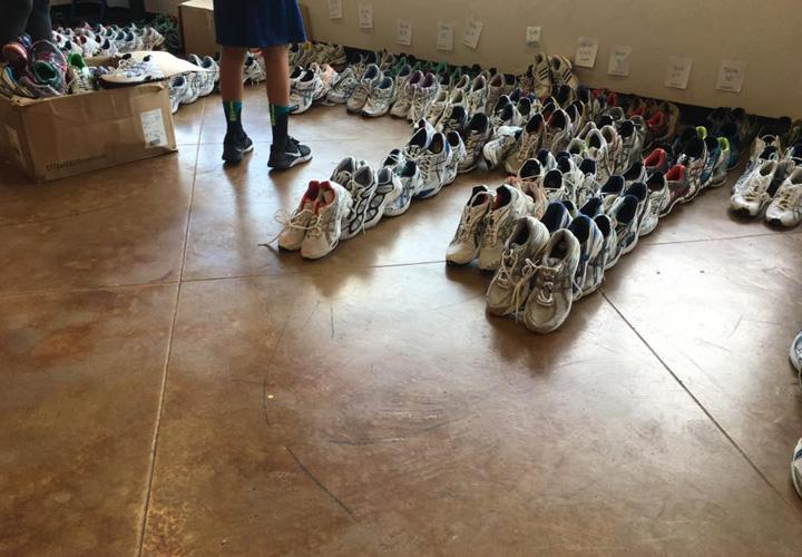sorting-shoe-sizes-at-fleet-feet-baton-rouge
