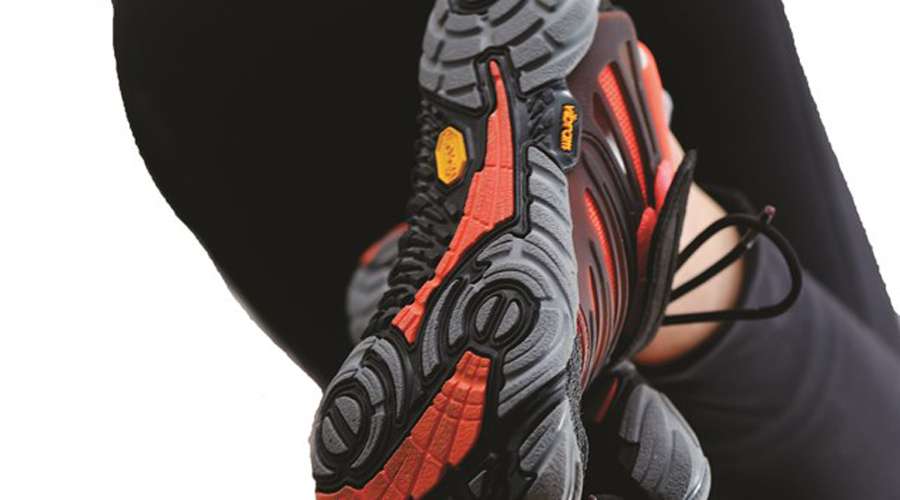 Cross Training Footwear Heats Up, Gold's Gym And Vibram Join Race