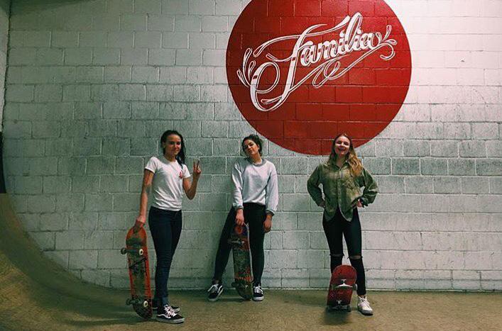 photo-courtesy-familia-skateshop-women