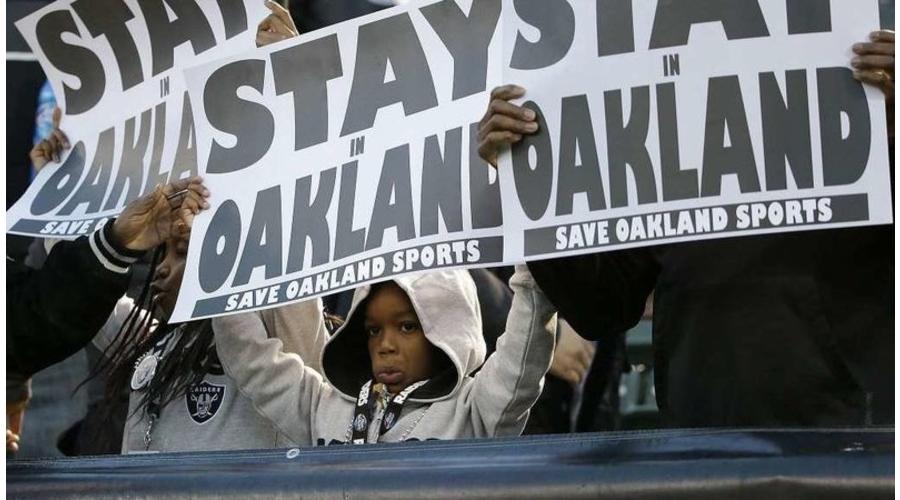 Oakland Raiders Fans Mobilize