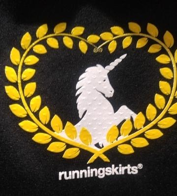 running-skirts-unicorn-black (1)