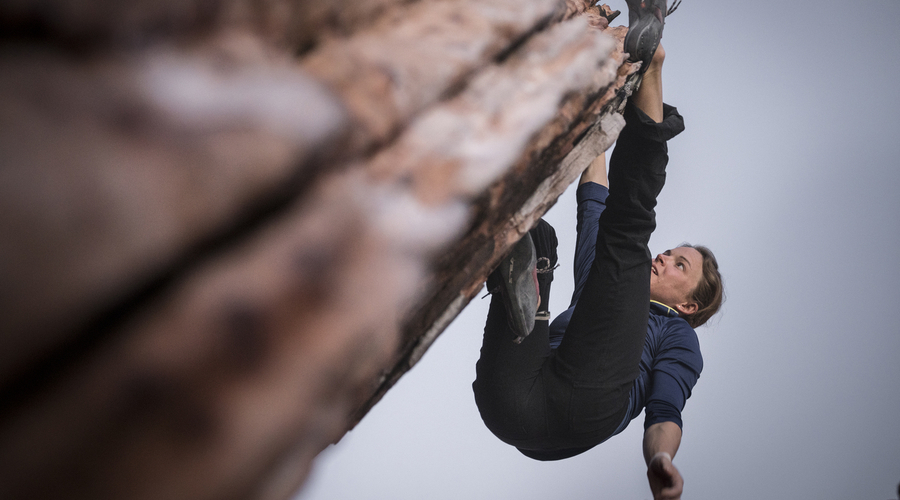Mountain Hardwear Climbers Defend Red Rock