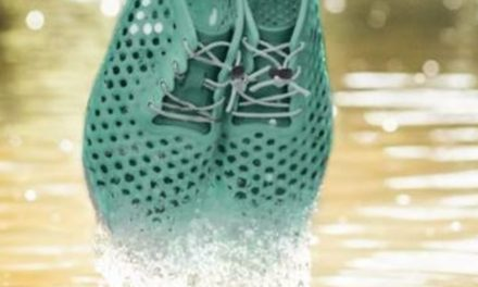 Vivobarefoot Partners With Bloom To Make Shoes Out Of Algae