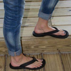 Keen And Teva Dominate Summer Sandal Market Sgb Media Online