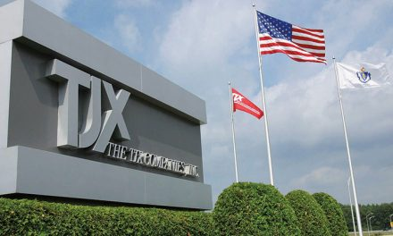 TJX Beats Fiscal Q2 Estimates, Raises Annual Outlook