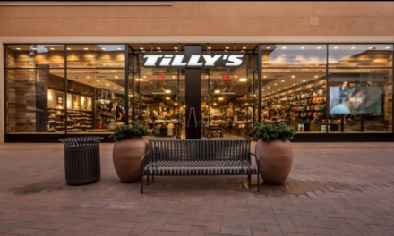 Tilly's Q2 Benefits From Traffic Pick Up