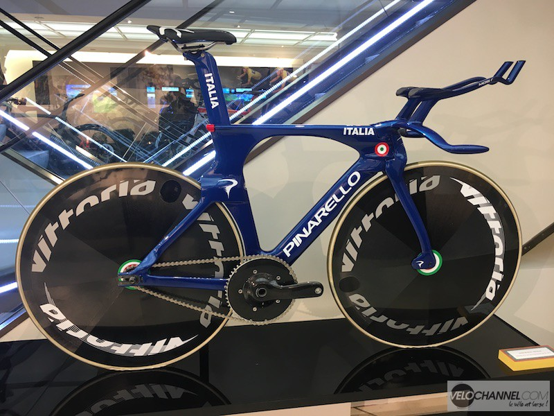 Pinarello Opens Pop-Up In Exclusive Paris Neighborhood
