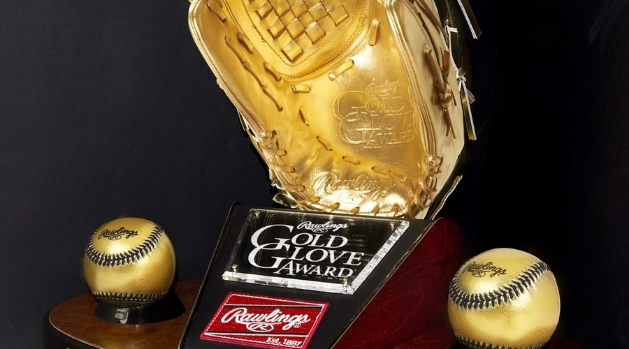 Rawlings Unveils 2017 Gold Glove Award Finalists