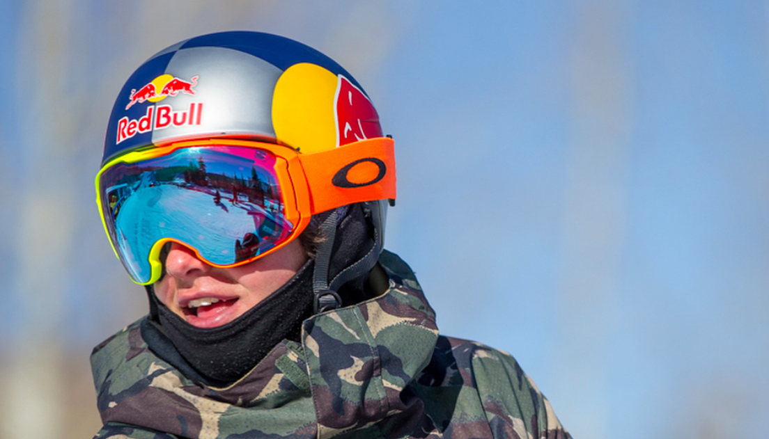 Oakley sees Robust Q4 Revenue Growth