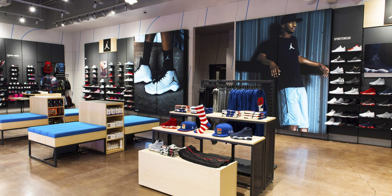 Finish Line's Adjusted Earnings Climb 19 Percent In Q4