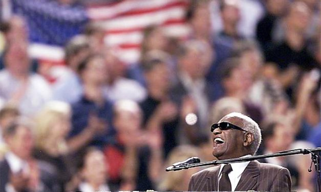 ★ Ray Charles ★ America the Beautiful ★ 2001 World Series ★