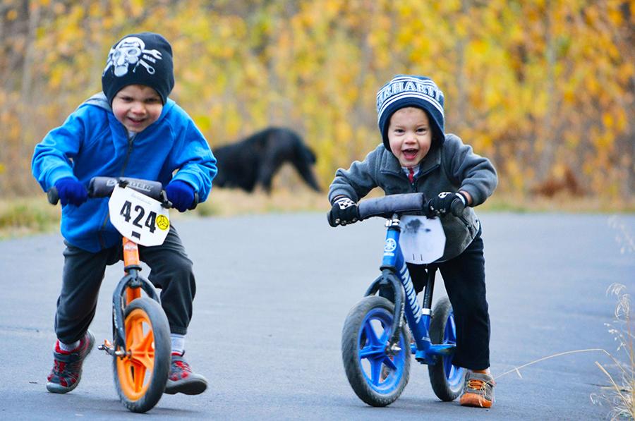 Strider Bikes … Training Wheels Don't Work. Balance Bikes Teach Kids How To Ride