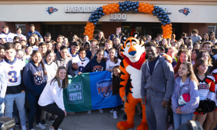 The Dick's Sporting Goods Foundation Supports El Paso Middle Schools