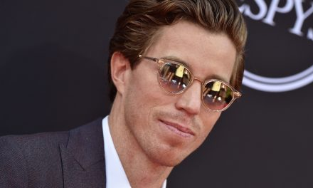 Shaun White Ends Olympic Skateboarding Bid