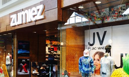 Zumiez Inc. Closes Stores, Withdraws Guidance