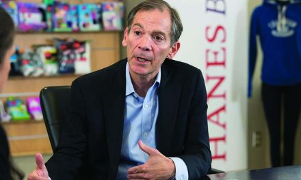 Hanesbrands CEO Plans To Serve As Consultant In 2021