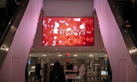 Macy's Logs Q1 Loss Of $652 Million