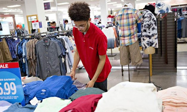 JCPenney To Cut Jobs In Restructuring