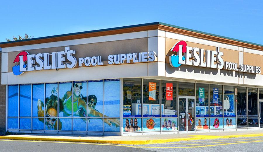 Leslie's To Go Public