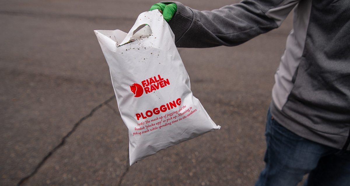 "Fjällräven Encourages ""Plogging"" For Earth Day"