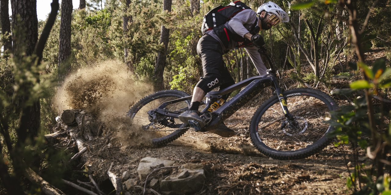 USWE Introduces Trail-Ready Daypacks For MTB Trail Riding