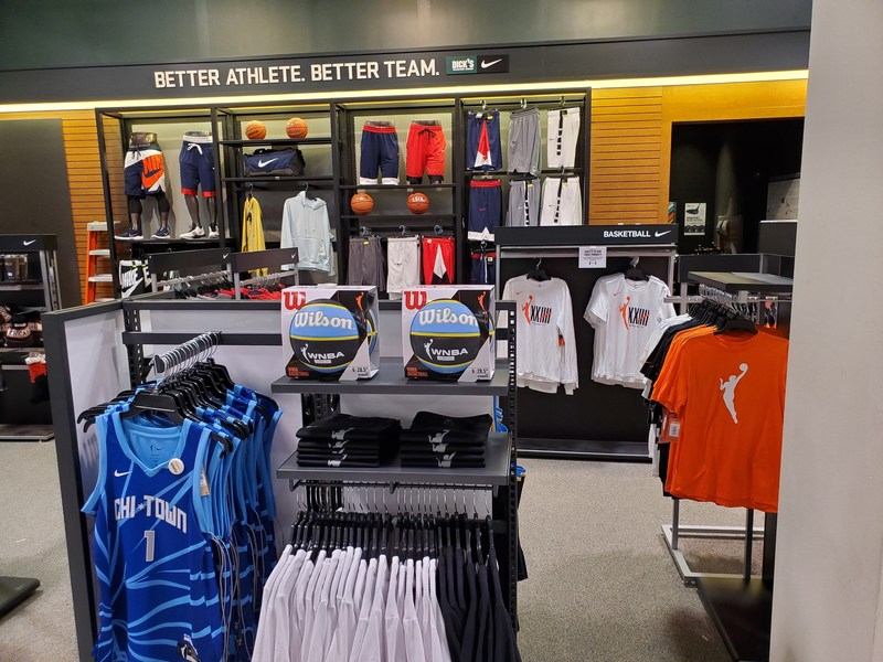 Dick's SG Becomes Official Sporting Goods Retail Partner Of The WNBA