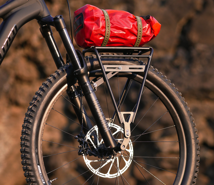 Old Man Mountain Divide Rack with red bag
